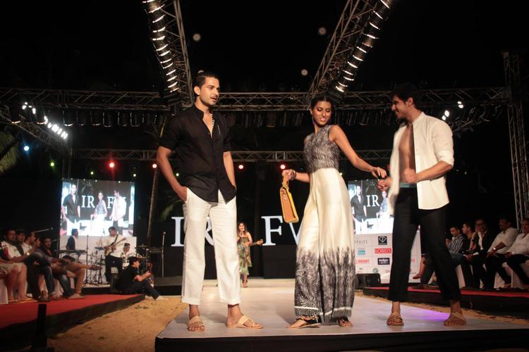 Models Walk On Ramp For Gogee Vasant At India Resort Fashion Week 2012