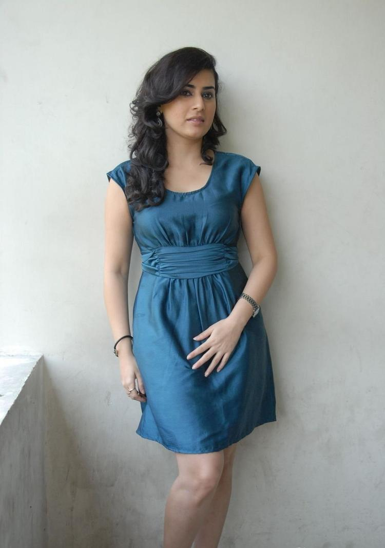 Archana Sexy Legs Show Photo Shoot