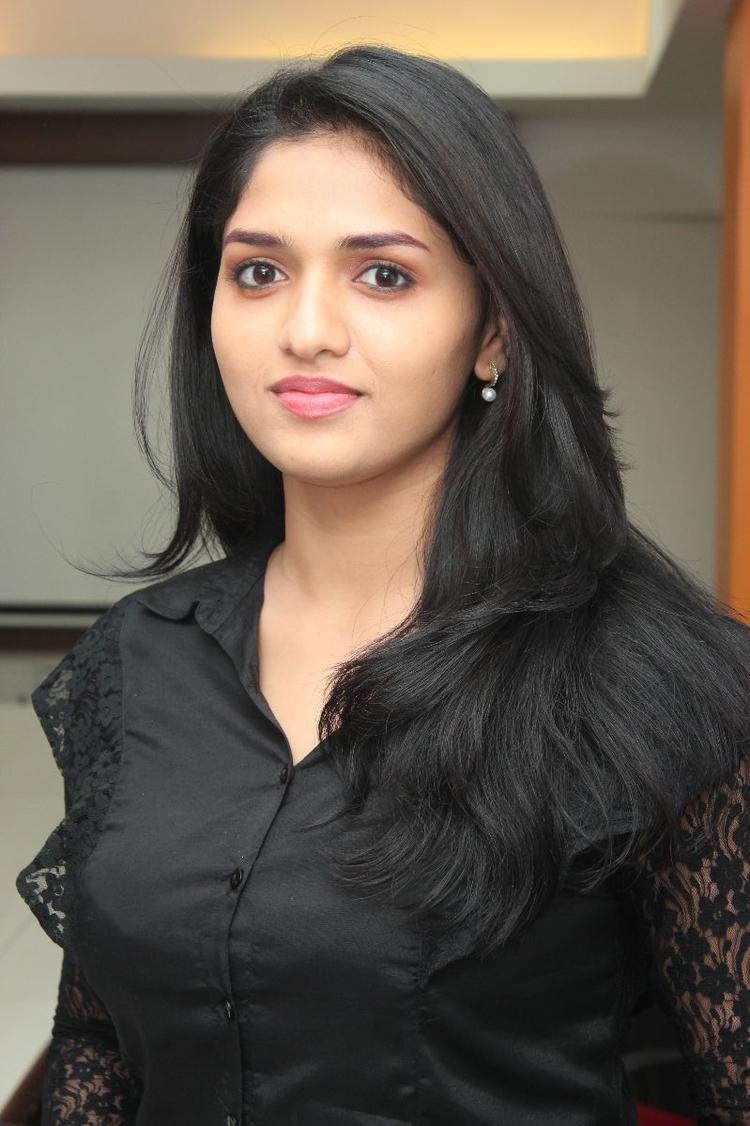 Sunaina Beautiful And Attractive Look Still