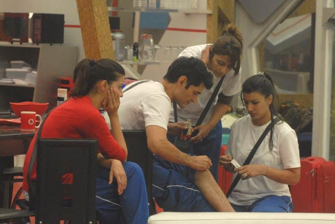 Karishma,Niketan,Urvashi And Mink On Day 58 In Bigg Boss 6