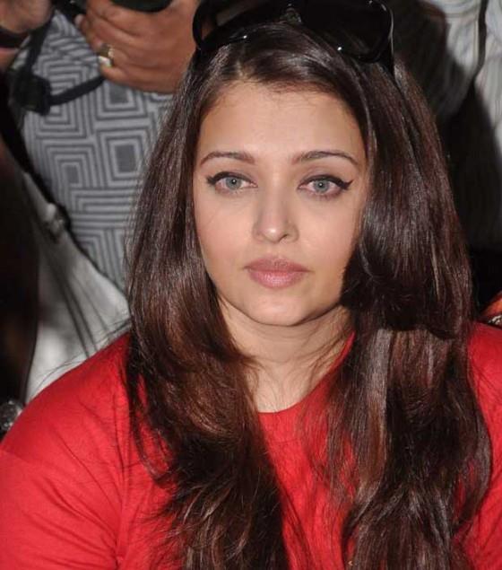Aishwarya Rai Gorgeous Snapp Taken During Promotion Of World Aids Day