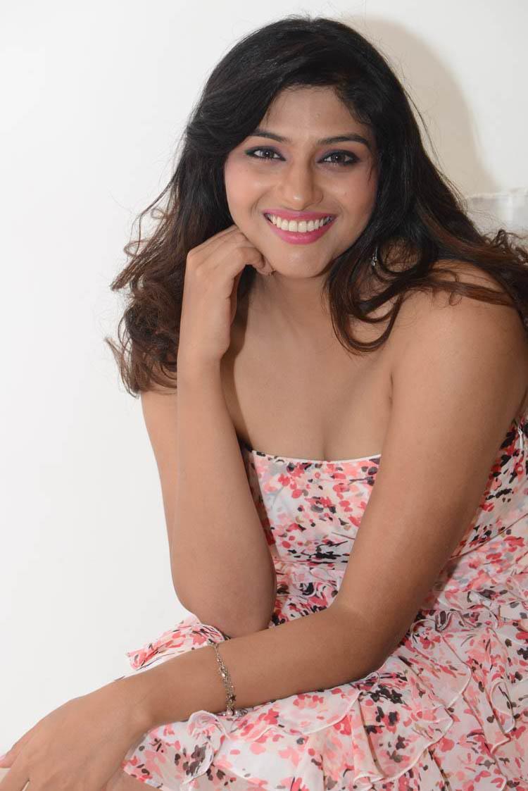 Lakshmi Nair Sizzles At Shivani Audio Release Function