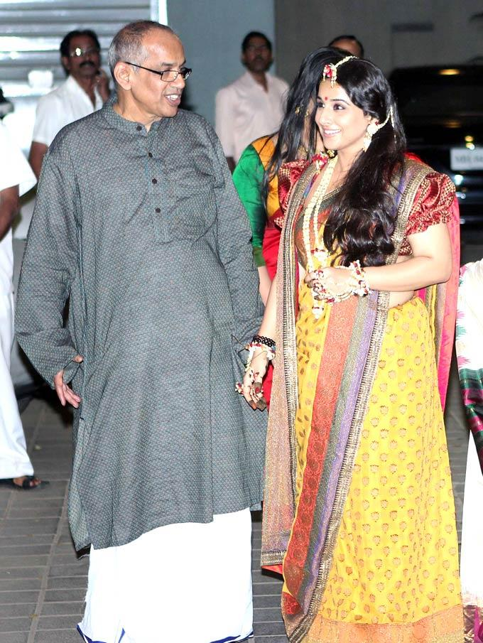 Vidya With Father P K Balan Snapped At Her Mehendi Ceremony