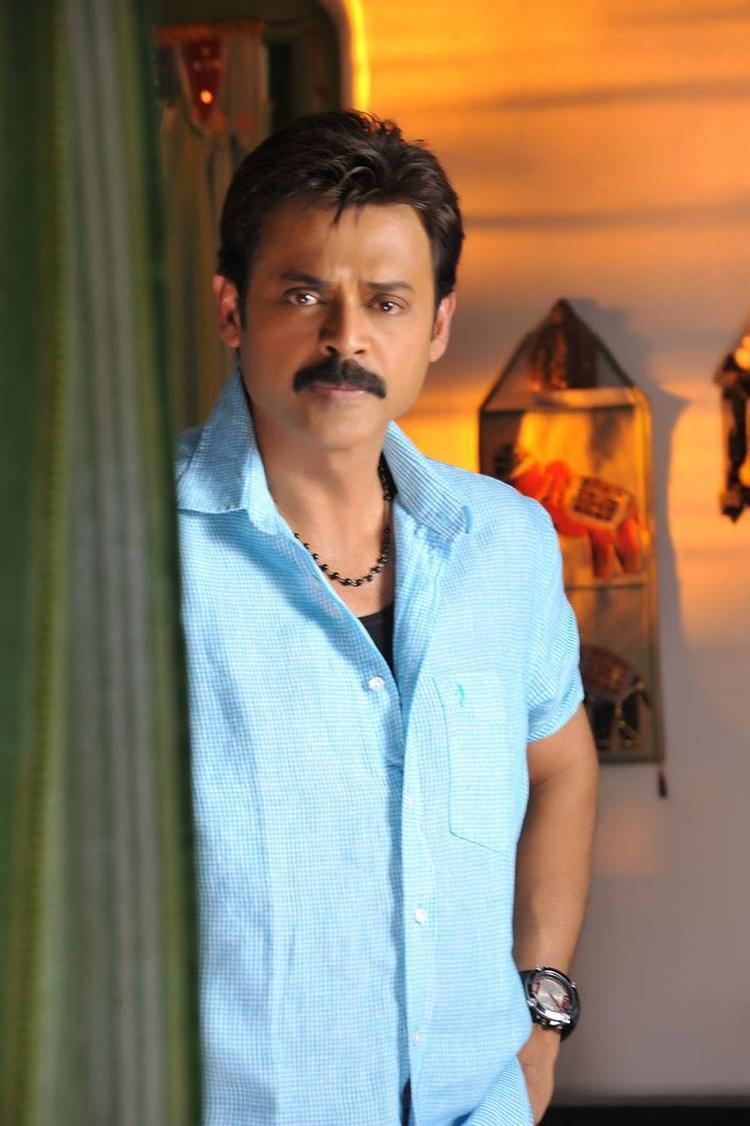 Venkatesh Posed For Camera In Telugu Movie SVSC