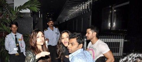 Kunal With Soha At Yuvraj Singh Birthday Bash