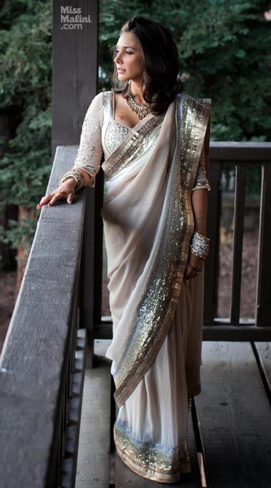 Lisa Ray Looked Radiant And Beautiful In Satya Paul Wedding Saree