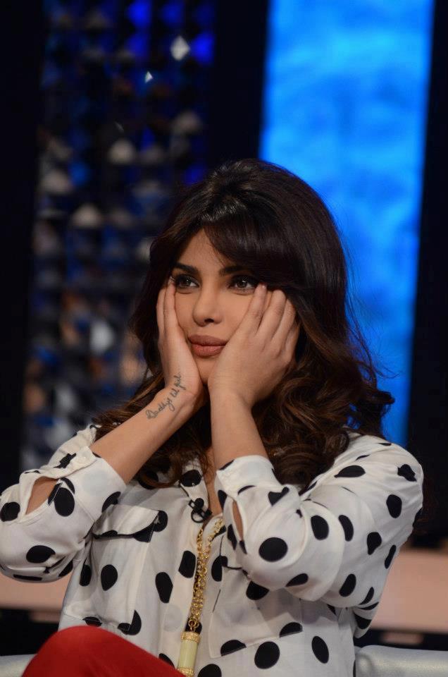 Priyanka Chopra Beautiful Look On The Front Row Show