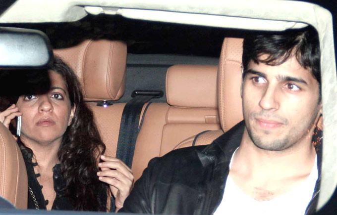Zoya And Siddharth Photo Cliced In Car At Imran Khans Housewarming Party