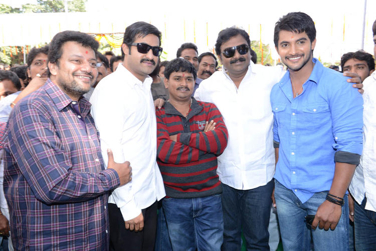 Jr NTR And Aadi With Guests Pose For Camera At Aadi New Movie Launch Event