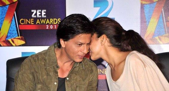 Shahrukh And Deepika Discussion Still At Zee Cine Awards Press Conference