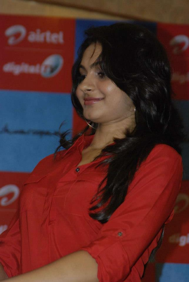 Andrea Arrived At Vishwaroopam Movie Airtel Dth Launch Event