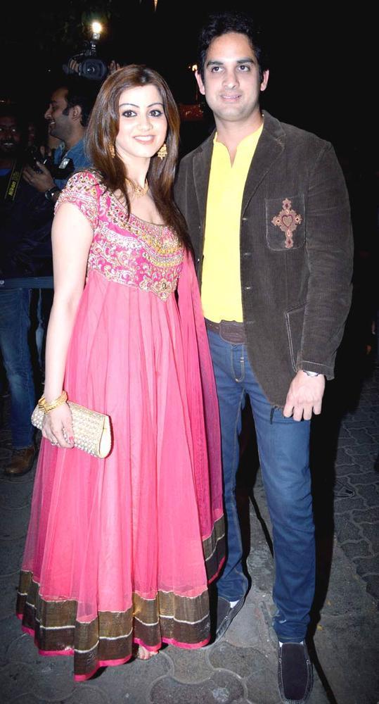Vikas Kalantri With Priyanka Chibber Posed At Bunty Walia Wedding Reception Bash