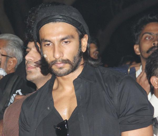 Ranveer Photo Clicked During Candle Light Rally To Pay Tribute To The Gang Rape Victim