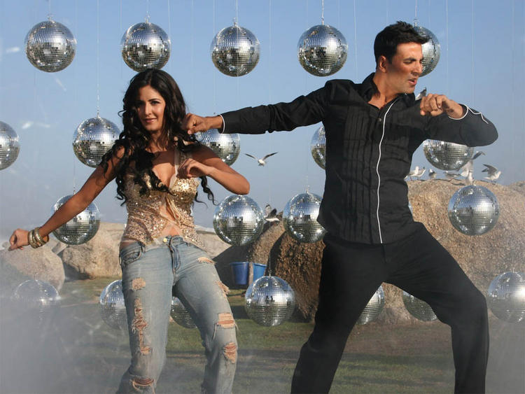 Katrina Kaif Dancing With Akshay Kumar