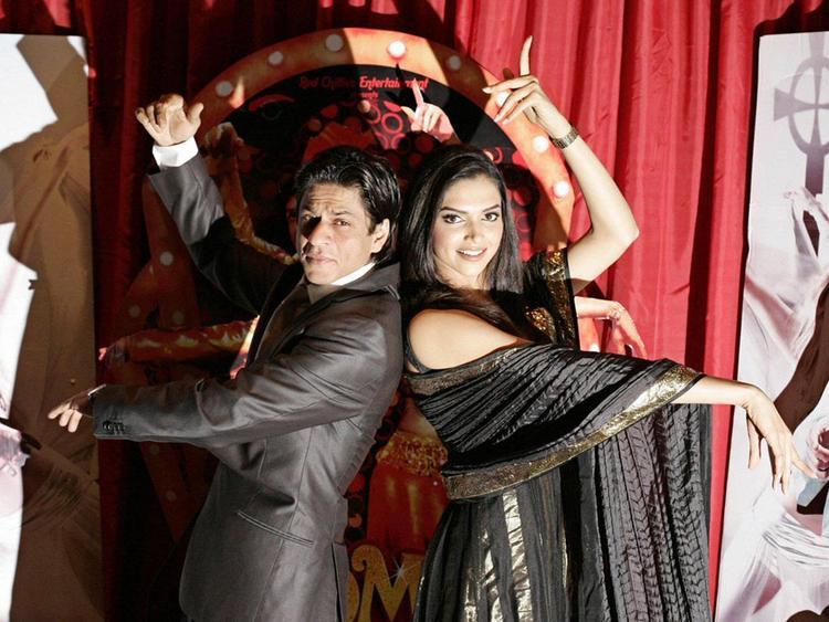 Deepika Padukone Dance with Shahrukh Khan