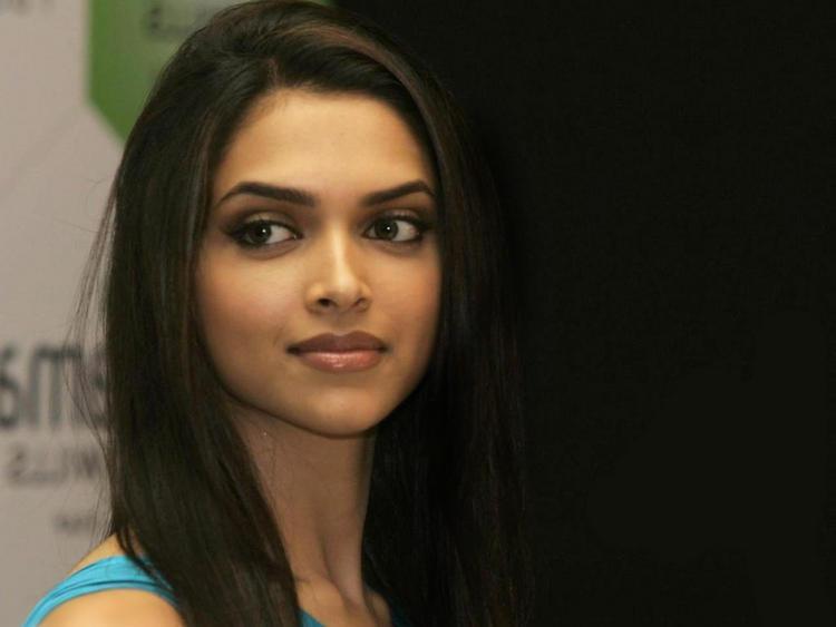 Most Beautiful Deepika Padukone Photo