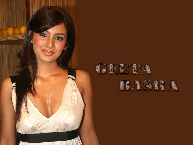 Geeta Basra Cute Close Up Pic