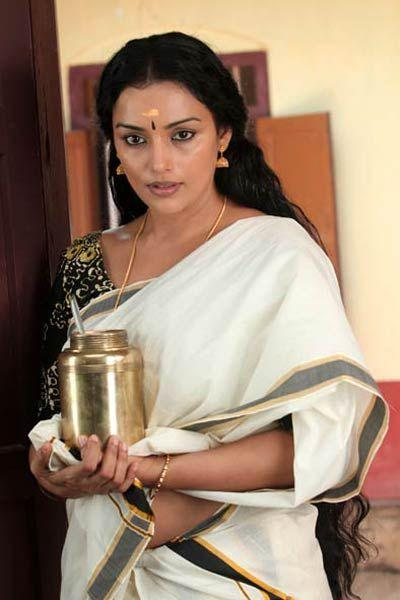 Swetha Menon in Rathinirvedam