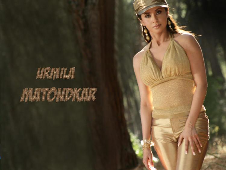 Urmila Matondkar Hottest Wallpaper