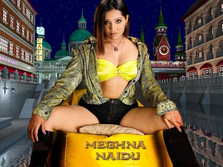 Meghna Naidu Hot Look Wallpaper