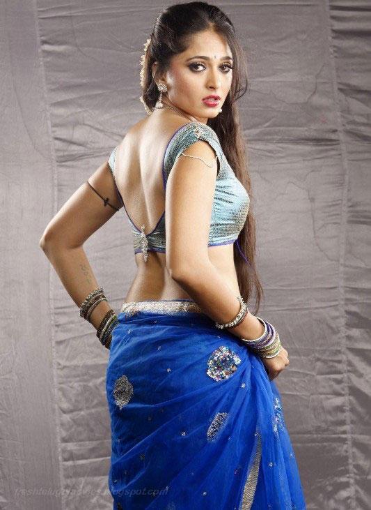 Anushka Shetty Sexy Back Exposing Still In Blue Saree