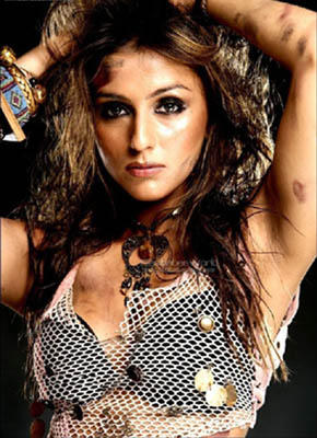 Aarti Chabria Hot Look Wallpaper