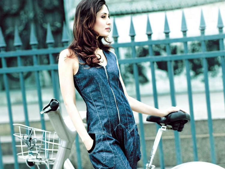 Kareena Kapoor Stunning Face Look