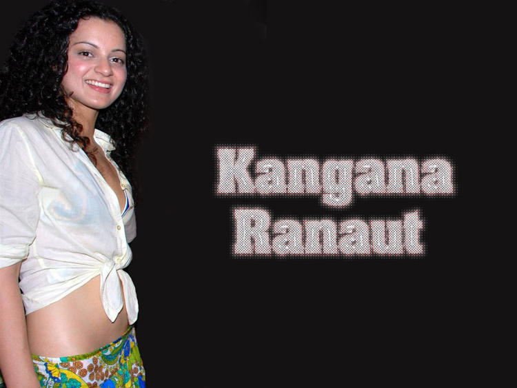 Kangana Ranaut Sweet Smiling Face Wallpaper