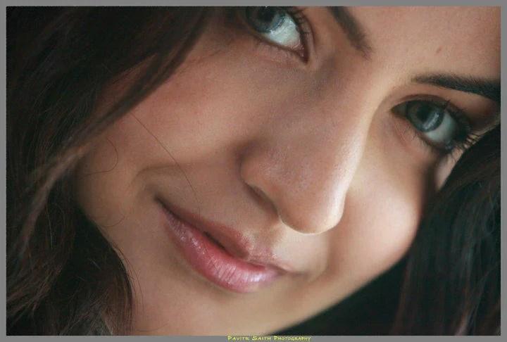 Anushka Sharma Beautiful Face Still