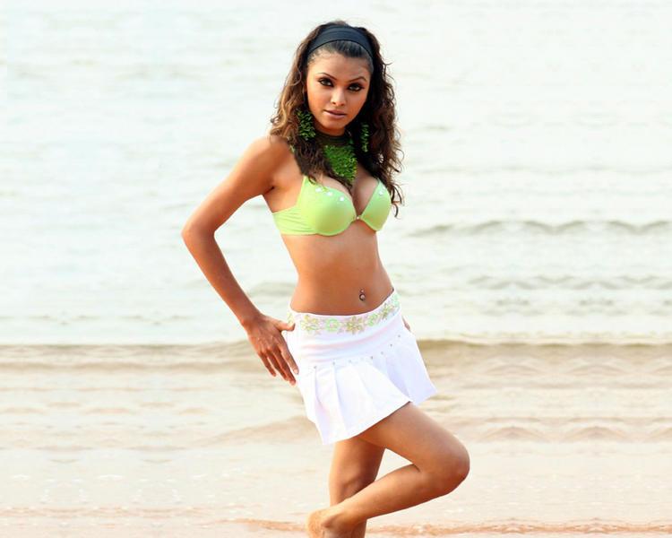 Mona Chopra Wet Outfit Still On The Beach