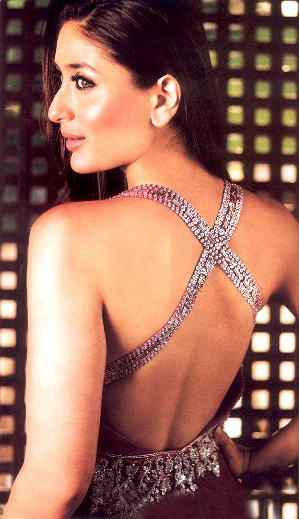 Kareena Kapoor Sexy Back Exposing Wallpaper