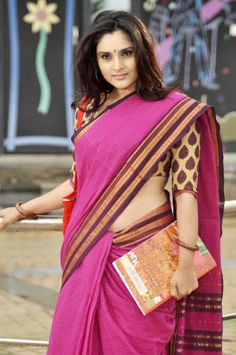 Ramya Beauty Still In Saree