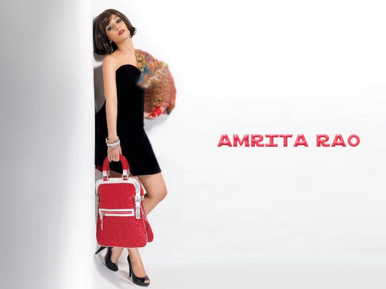 Amrita Rao Latest Sexy Wallpaper