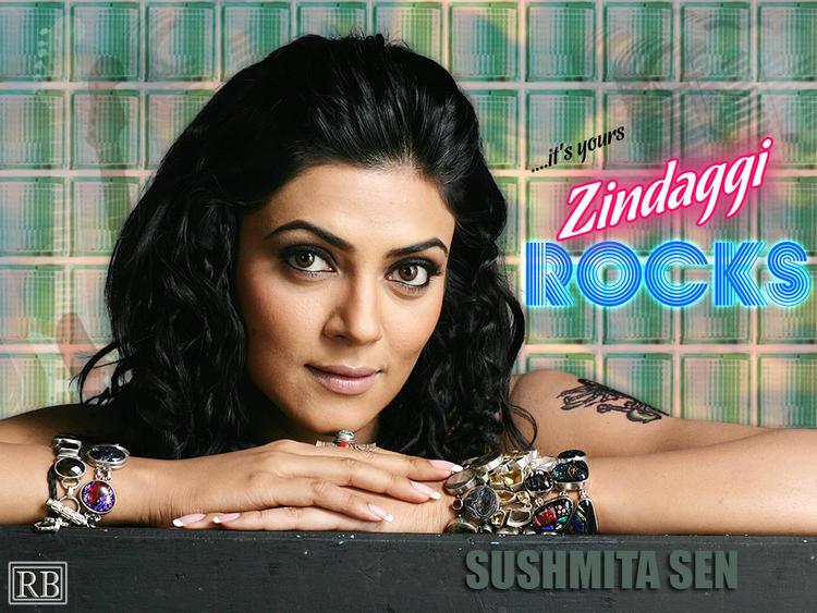 Sushmita Sen Sexy Eyes Look Still