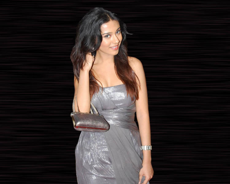 Amrita Rao Glazing Gray Color Dress Wallpaper