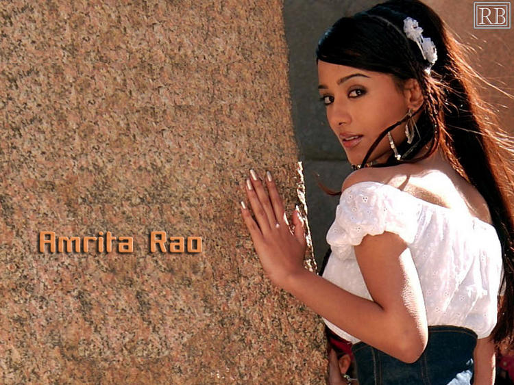 Stunning Babe Amrita Rao Hot Wallpaper