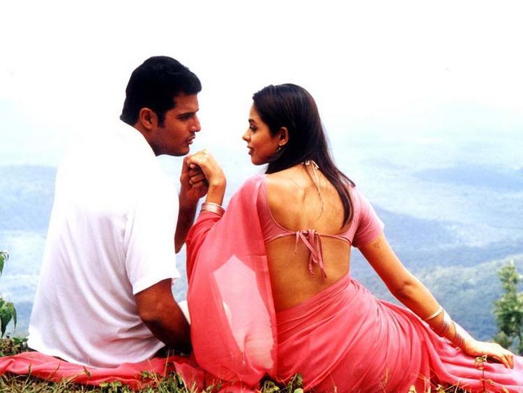 Mallika Sherawat and Himanshu Malik Romance Still