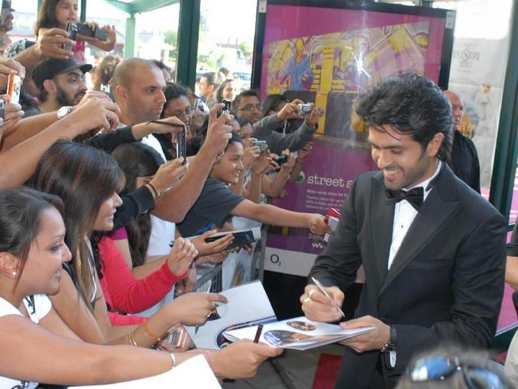 Harman Baweja Autograph Pics
