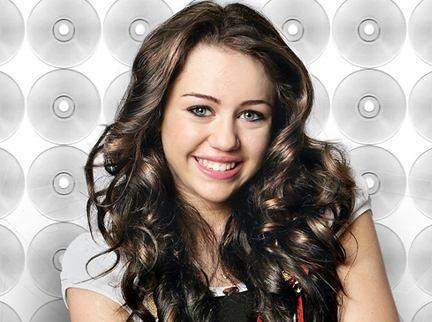 Miley Cyrus Cute Smiling Face Still