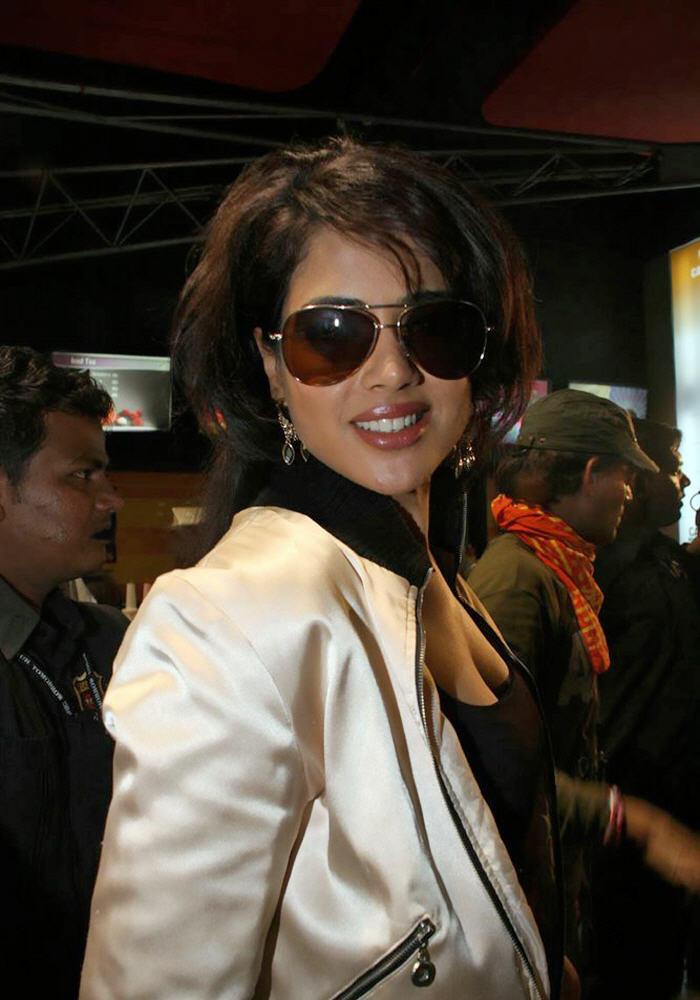 Sameera Reddy Wearing Goggles Nice Look Pics