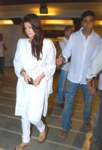 Twinkle Khanna And Akshay Kumar Photo