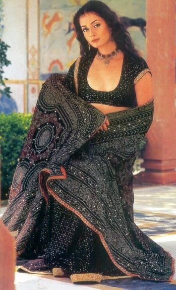 Diya Mirza Sizzling Pose For Photo Shoot