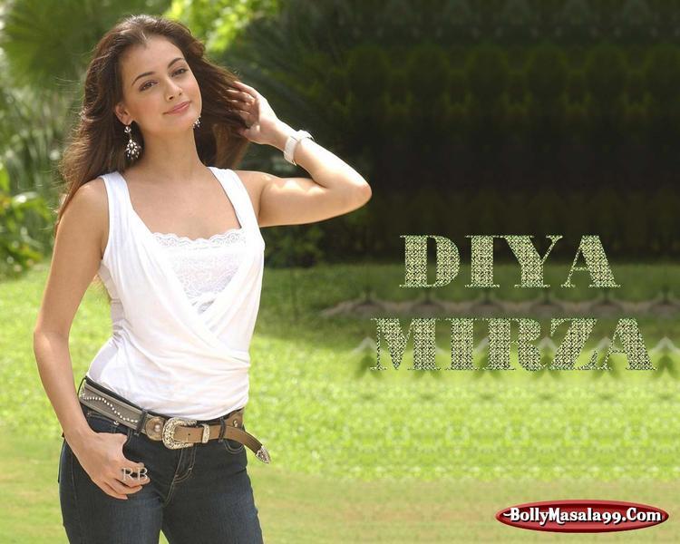 Diya Mirza Stunning Wallpaper
