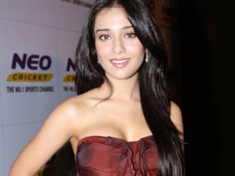 Amrita Rao Attractive Fairy Look Still