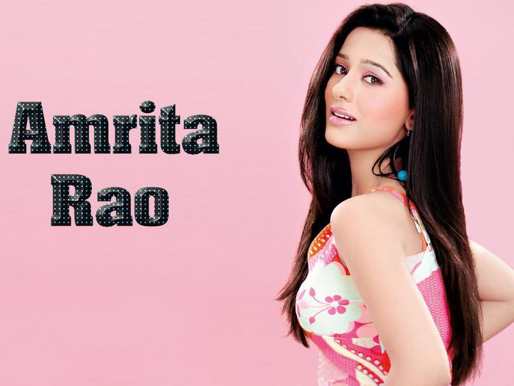 Glowing Babe Amrita Rao Sizzling Wallpaper