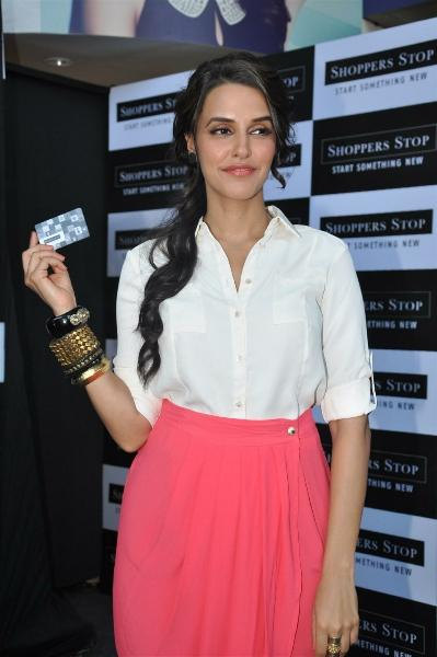 Neha Dhupia Launches Shoppers Stop Gift Cards