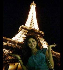 Shilpa Shetty Sweet Smiling Nice Pics