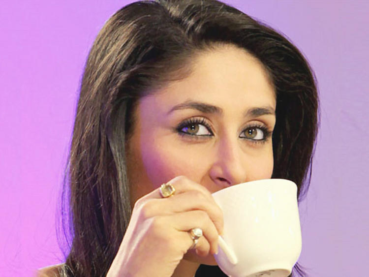 Kareena Kapoor Beautiful Eyes Look Still
