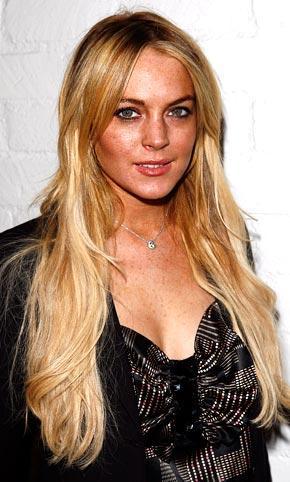 Lindsay Lohan Latest Glamour Pic