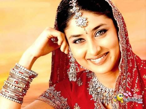 Kareena Kapoor Looking Beautiful In Bridal Dress